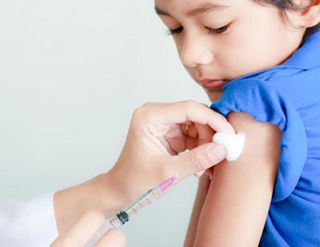 Tiêm vắc xin đầy đủ để phòng bệnh. Ảnh minh họa.
